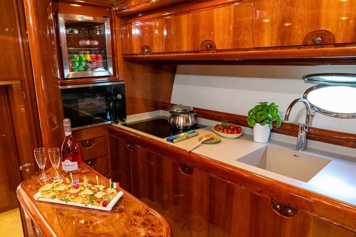 Luxury yacht - Italy Experience